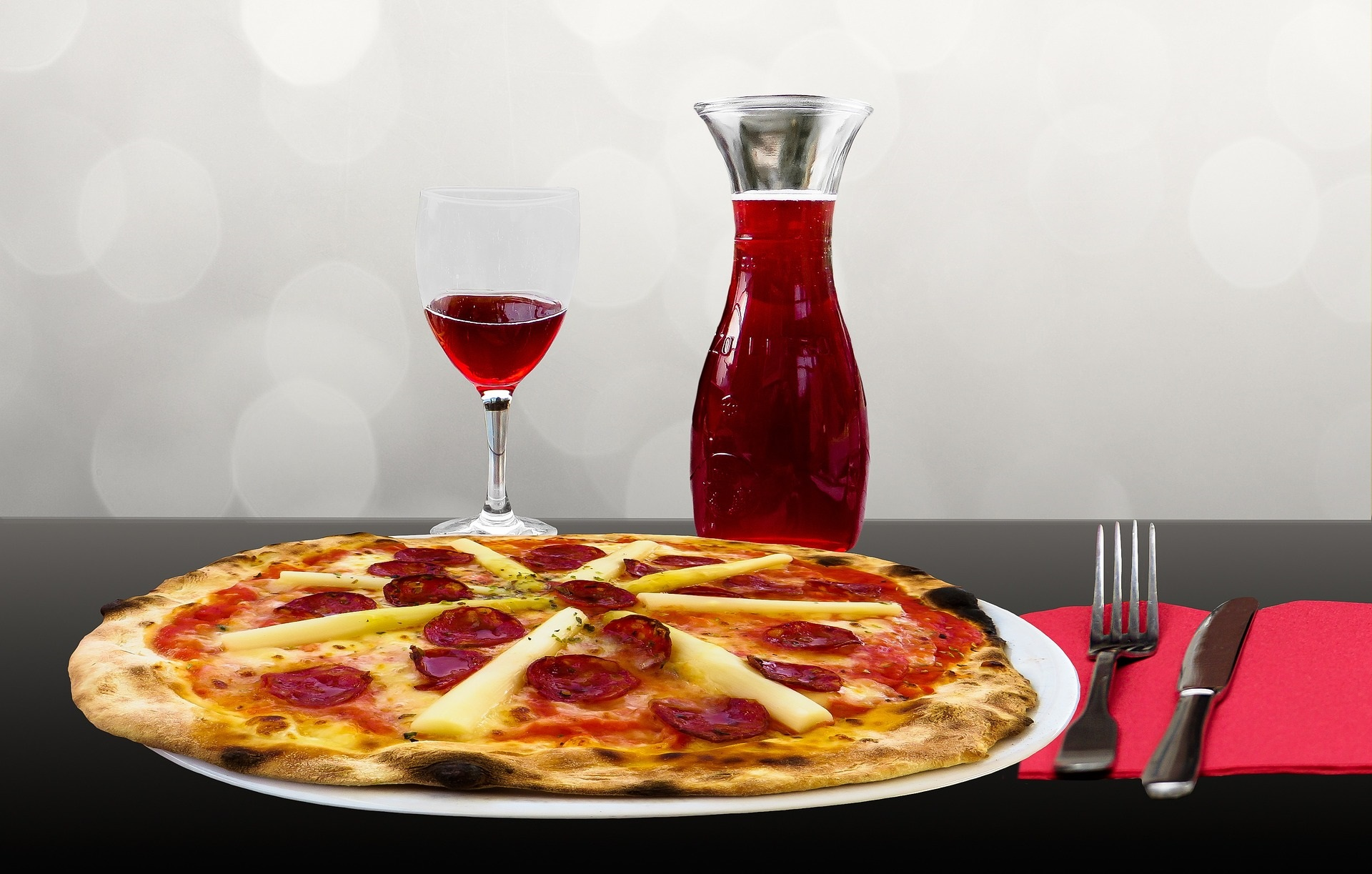 wine-and-pizza
